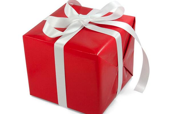 过节发红包还是送礼物好?具体看情况